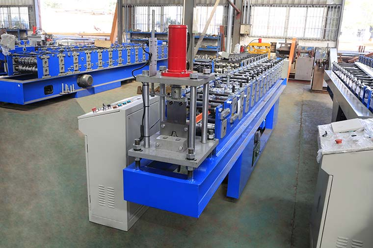 Top hat purlin roll forming machine