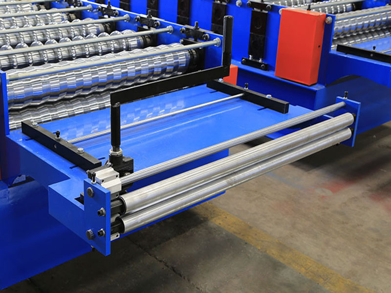thin corrugated roll forming machine